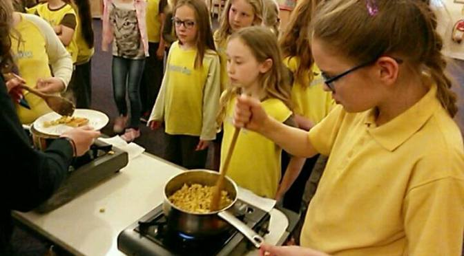 Talk and cookery demo to local Brownies group